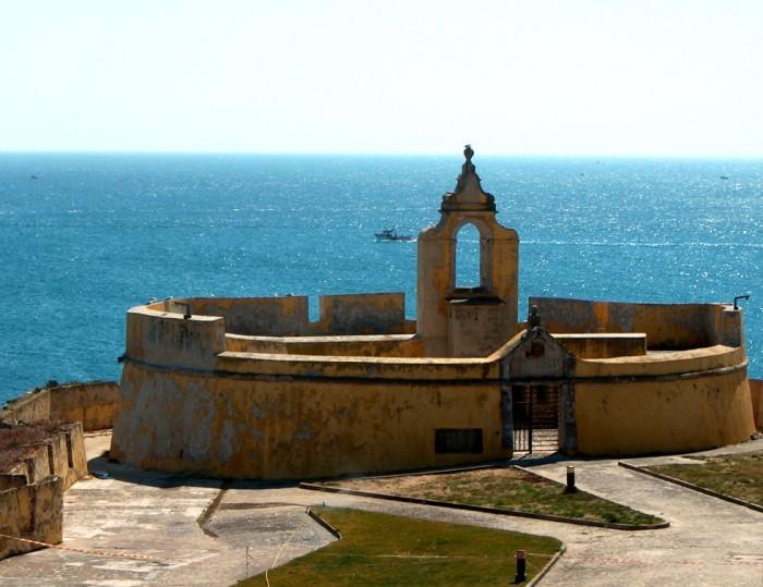 Interior-Fortaleza-de-Peniche-Forte